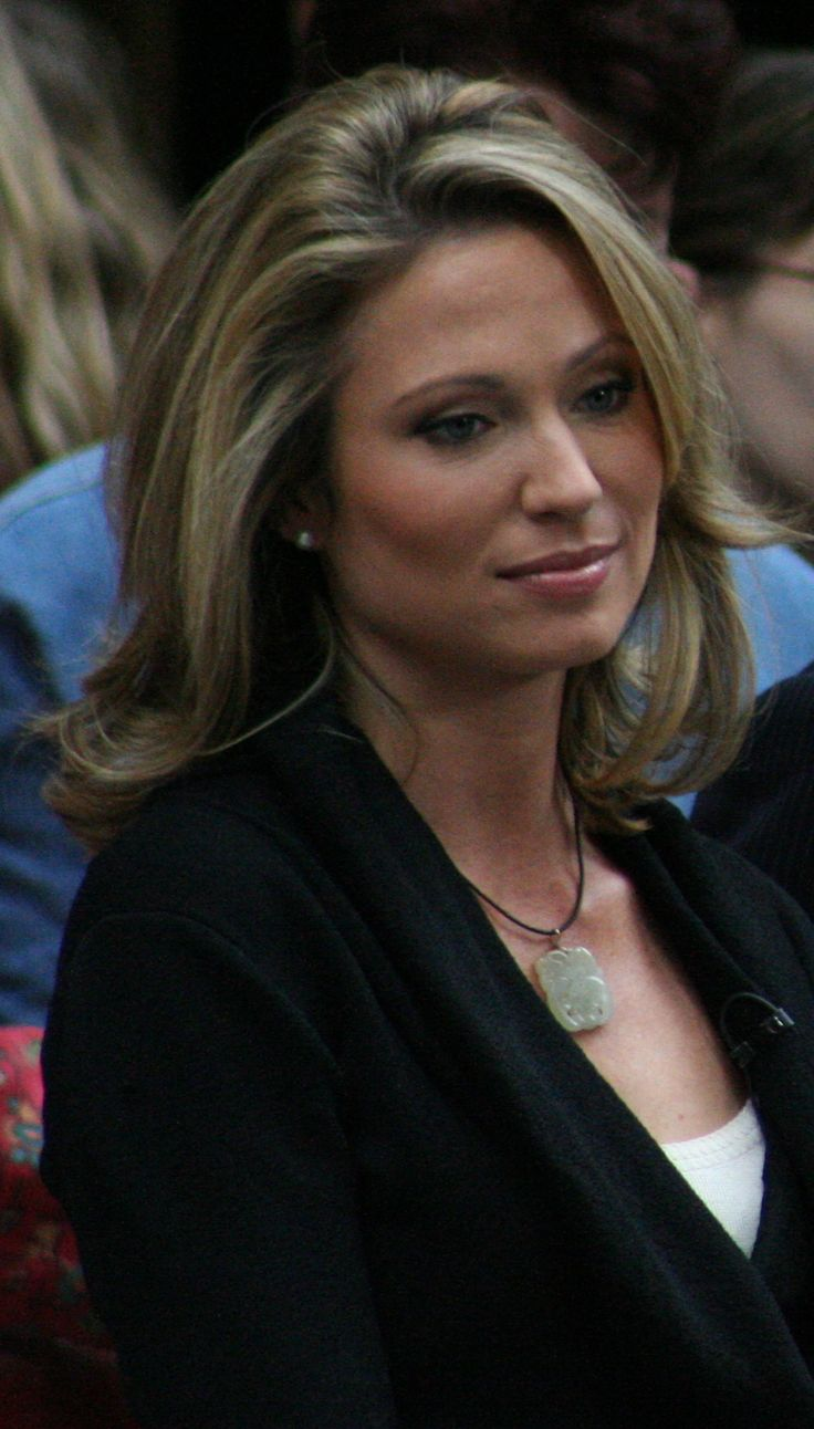 Good Morning America Female Hosts : The best amy robach ideas on pinterest michelle