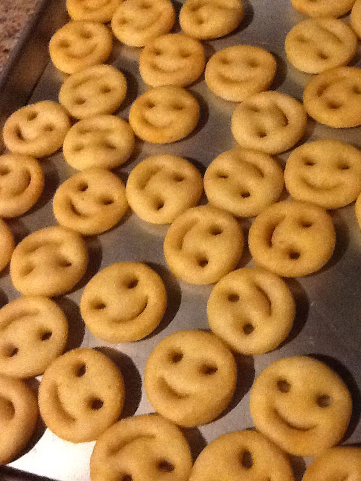 Smiley face fries .. my childhood wouldn't have been complete without it . ^-^