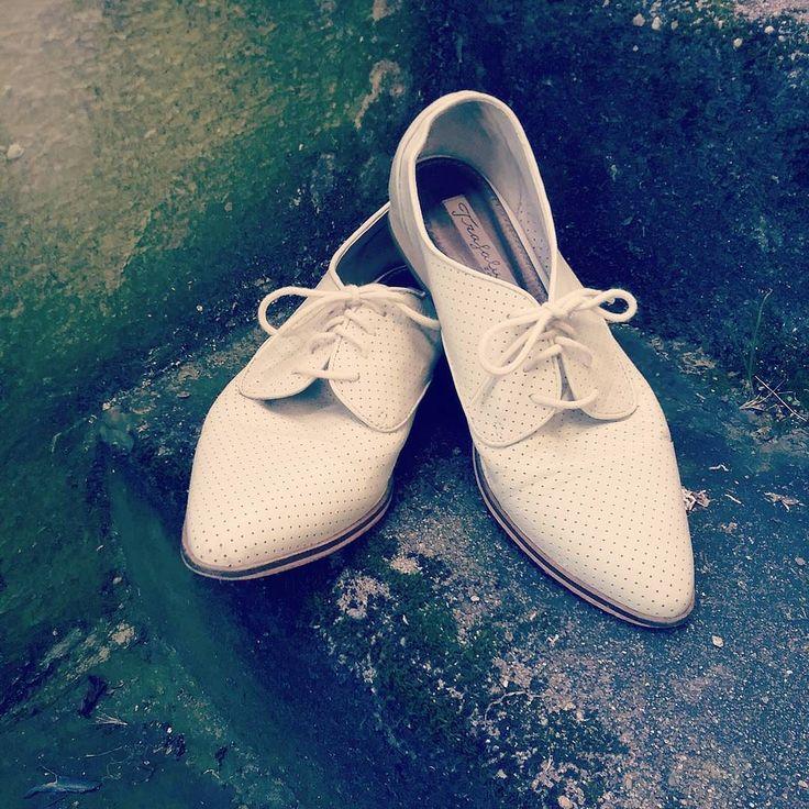 Beautiful shoes: Part III  #humanavintage #humanaaltona #humanasecondhand #humanahamburg #vintagestyle #vintagefashion #humanasecondhandshop #shoes