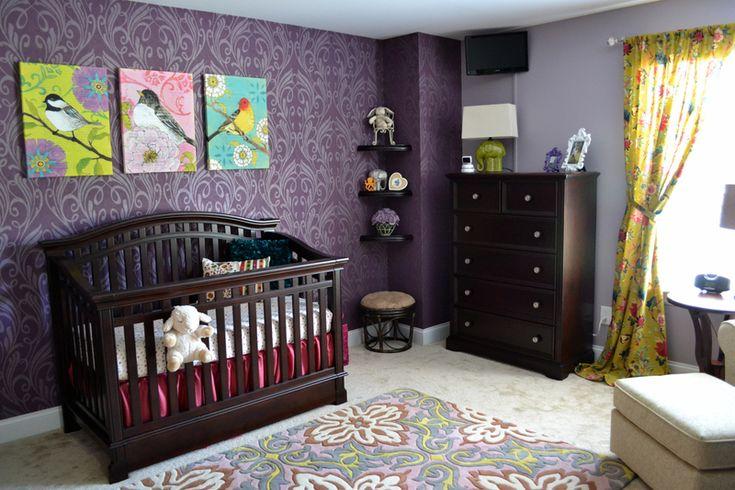 wallpaper + rug: Wall Colors, Purple Nurseries, Baby Girls, Baby Rooms, Girls Nurseries, Girls Rooms, Nurseries Ideas, Baby Nurseries, Accent Wall