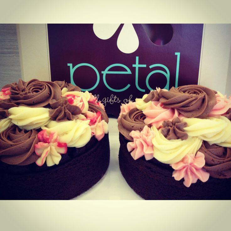 Petal Topcakes - [left] Chocolate Cake Sponge with Raspberry, Chocolate and Vanilla Cream Cheese Icing [right] Chocolate Cake Sponge with Ripe Strawberry, Vanilla and Chocolate Icing #petalcupcakes [6 inches]