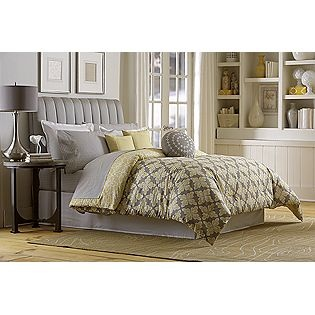 yellow and gray comforter