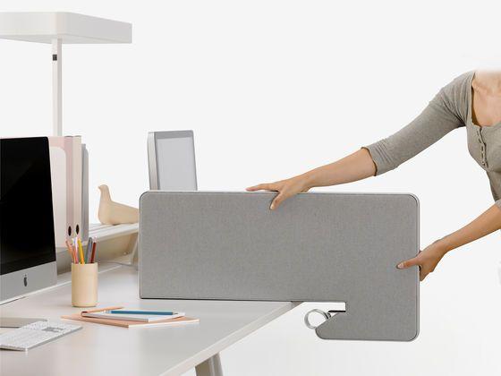 Exempel på avskiljning om ni skulle använda en hel skiva som arbetsbord någon satans istället för individuella bord. me_31082012-010 (2)_web