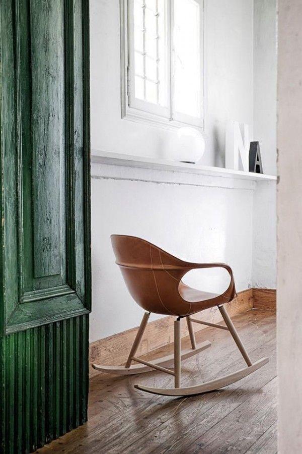 bruin leren schommelstoel