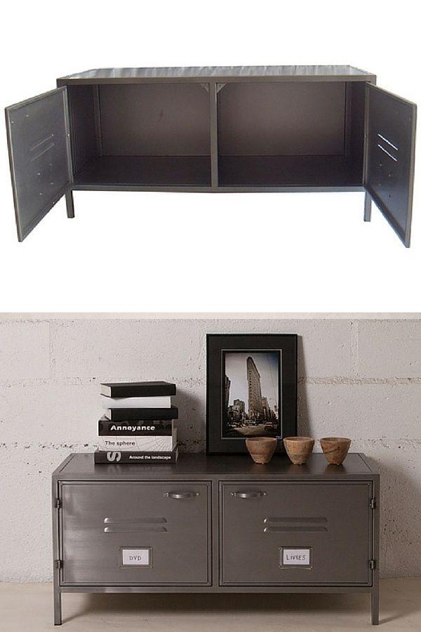 Recyclage d'un buffet en métal pour un meuble TV industriel >> http://homelisty.com/meuble-tv-industriel-pas-cher