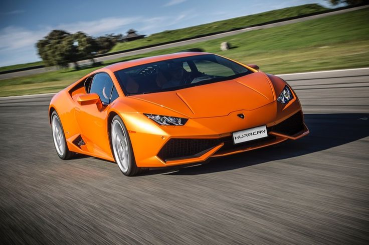 As part of a minor 2016 model year refresh, the folks at Sant'Agata Bolognese are adding a few upgrades to the V10 Huracán. The new model features cylinder deactivation, retuned 4WD, and a few new options.