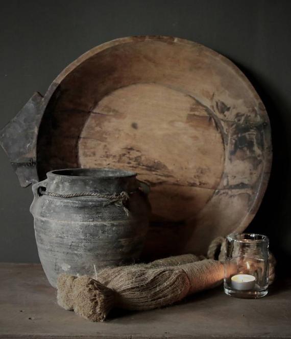 Nepalese oud houten schaal