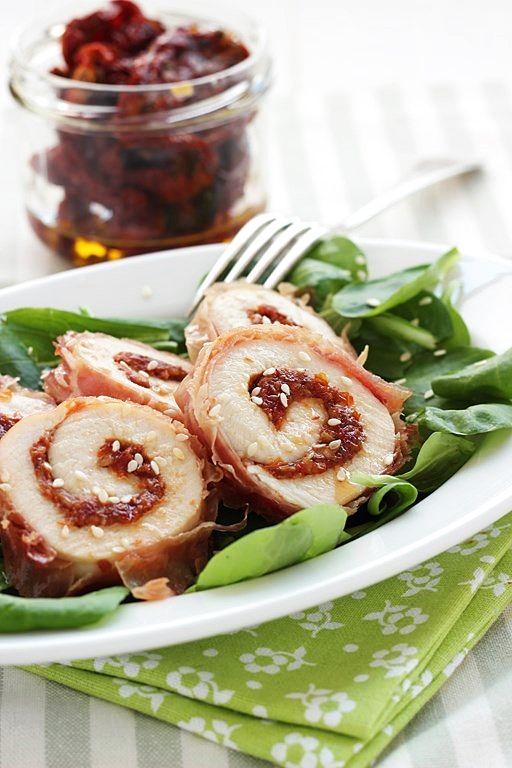 MIEL & RICOTTA: Girelle di tacchino con pomodori secchi e sesamo