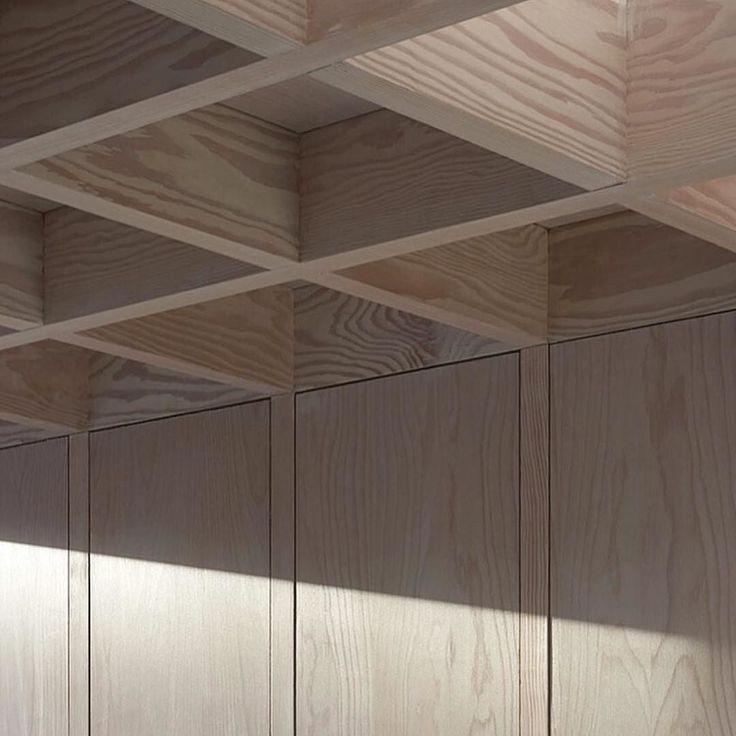 Dinesen Douglas Fir coffered ceiling  #JonathanTuckey #London #flackstudioloves  @_roomonfire #dinesen by flackstudio