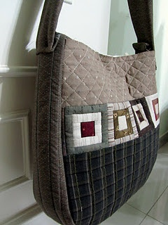 I like the simple patchwork on this bag