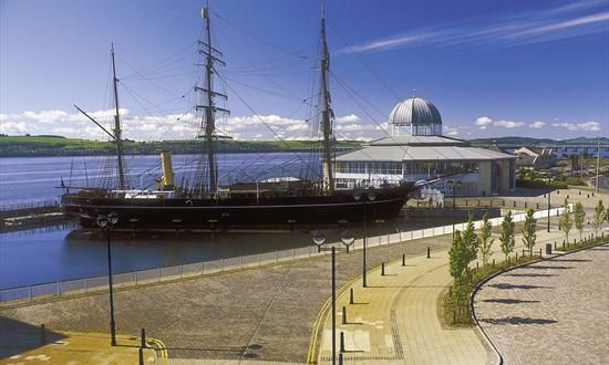 Dundee is home to RRS Discovery, the ship used by Captain Scott to explore the Antarctic. Built in Dundee, this incredible ship undertook a number of ground-breaking expeditions. The best thing is you don't just have to look at it—you can climb aboard!