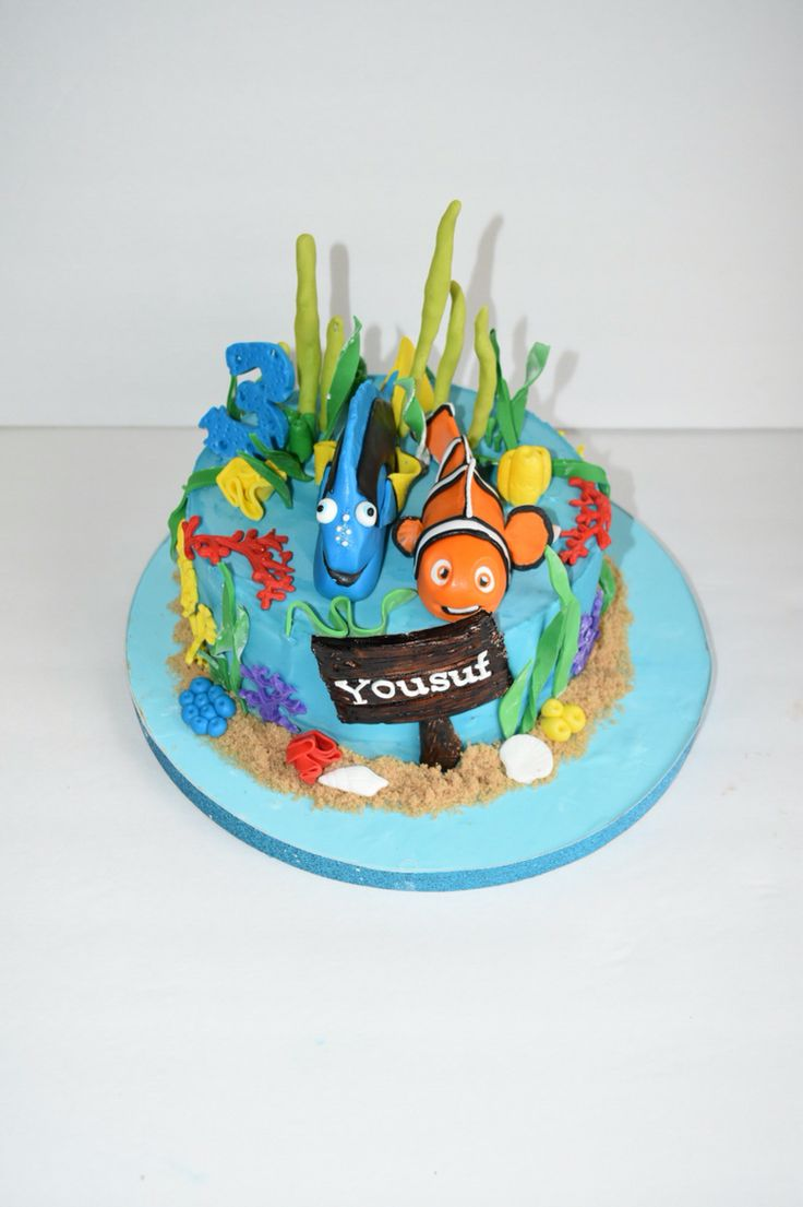 Dory Cake. Perfect Finding Dory cake for a fun under the sea birthday ...