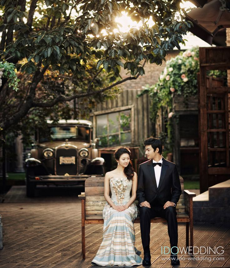 Korean Wedding Photo - IDO WEDDING   Chats about Korean Wedding Photography, Korean Wedding Makeup & Korean Wedding Gowns by IDOWEDDING
