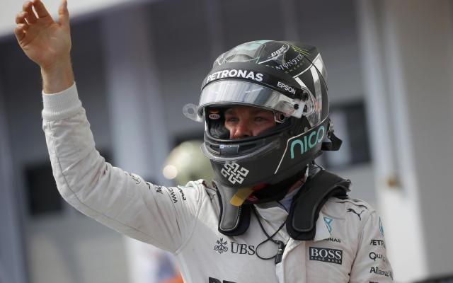 Formule 1: Nico Rosberg partira en pole position au Grand Prix de Hongrie -                   L'Allemand Nico Rosberg (Mercedes) s'élancera en pole position du Grand Prix de Hongrie, 11e manche du championnat du monde de Formule 1, dimanche sur le circuit du Hungaroring, près de Budapest. http://si.rosselcdn.net/sites/default/files/imagecache/flowpublish_preset/2016/07/23/506813014_B979277657Z.1_20160723161242_000_G7V79E69G.3-0.jpg - Par http://www.7