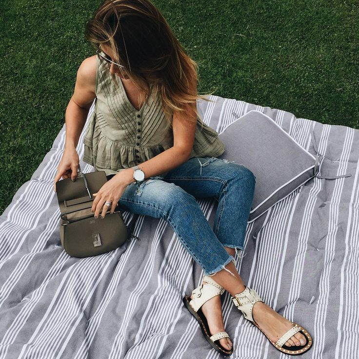 summer picnic outfit, khaki sleeveless top, ripped jeans, Isabel Marant sandals, chloe drew bag, boho chic style outfit