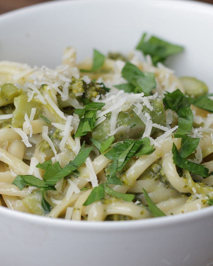 One-Pot Pasta Primavera: no onion, add butter with cream; use basil instead of parsley.