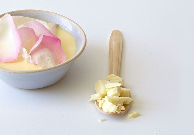 White chocolate and rose water ice cream