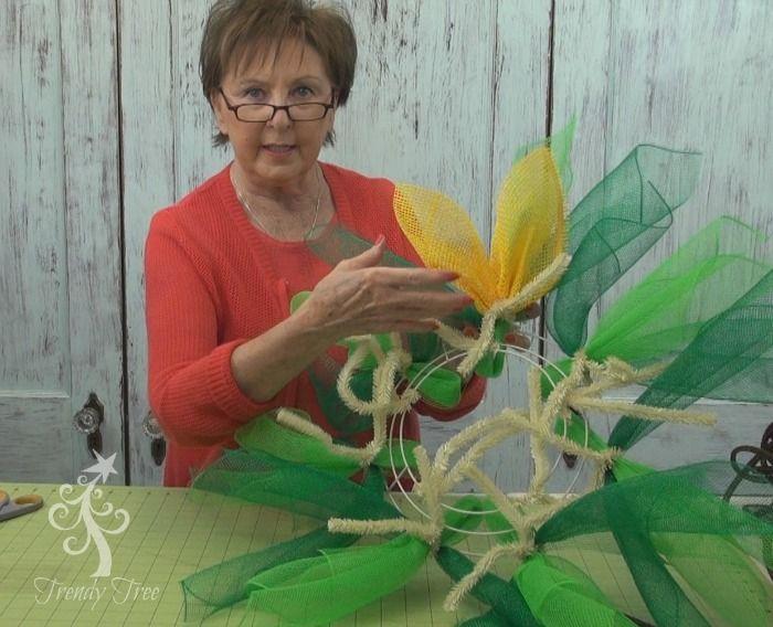 New Sunflower wreath tutorial