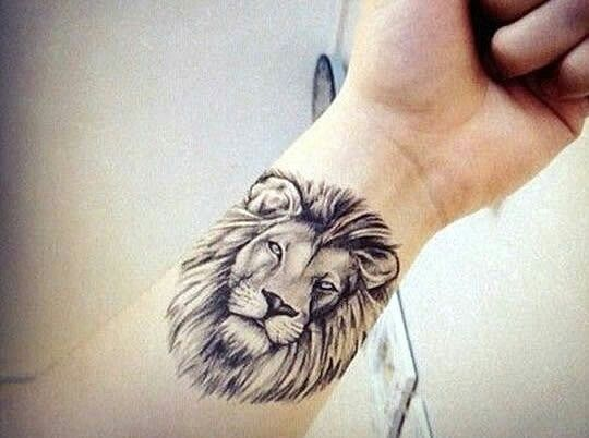 pin von arlene griffin auf lion tattoos i 39 m considering. Black Bedroom Furniture Sets. Home Design Ideas