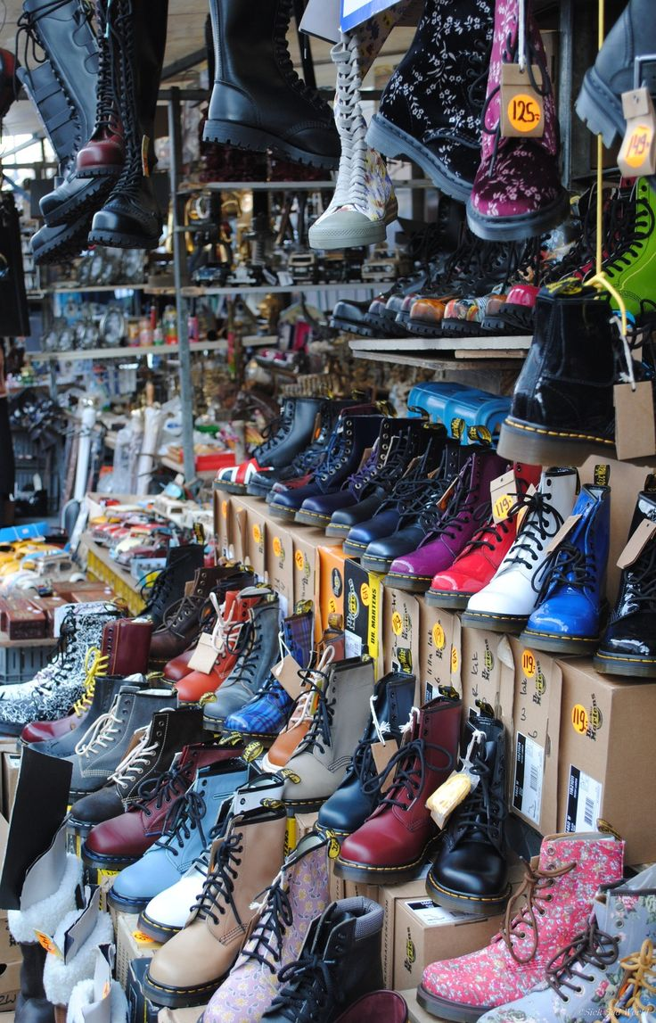 Doc Marten Heaven : It looks like the stand in Amsterdam (Waterloo-square)