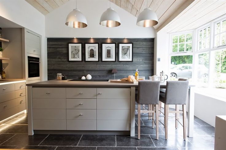 Lime house by Neptune Cabinetry (UK?). Follow link to full post @ thepapermulberry.blogspot
