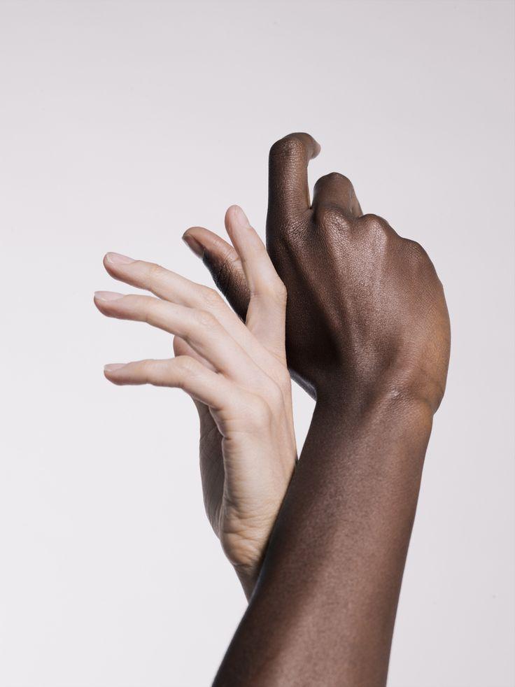 Art Direction / Hands / Black and White / Sensible / Colors / Design / Photographie / Art