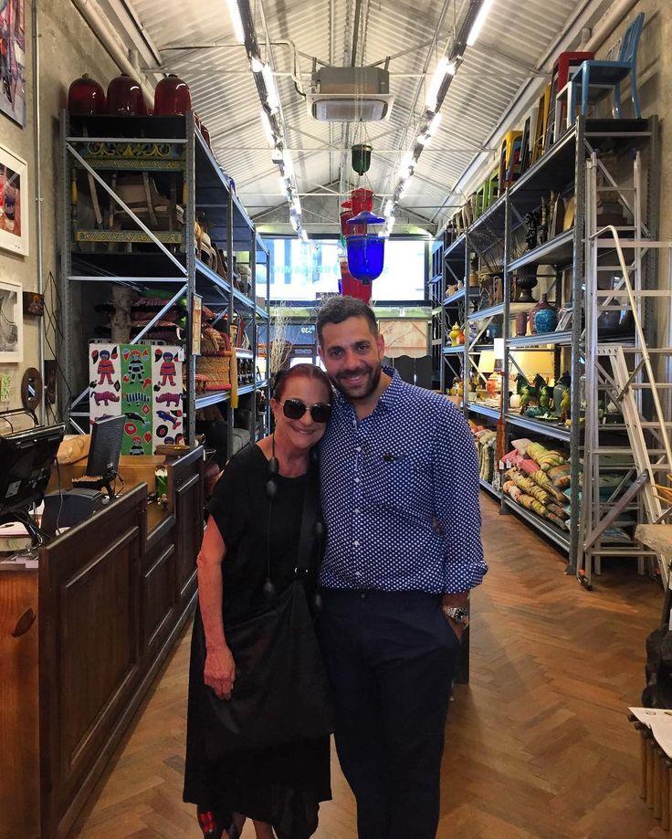 Hoje no dia internacional da mulher, tive a visita da minha amiga Marilu Beer, uma das mulheres mais chiques, moderna e inteligente que pude conhecer! @marilubeer
