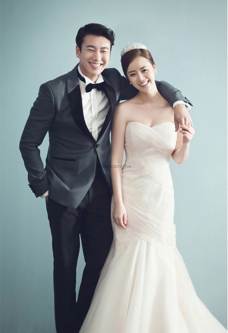 Compared with other studio, Tahra studio is focusing on more feminine style about bride's korea portrait pre wedding photoshoot. In this time, Tahra studio's