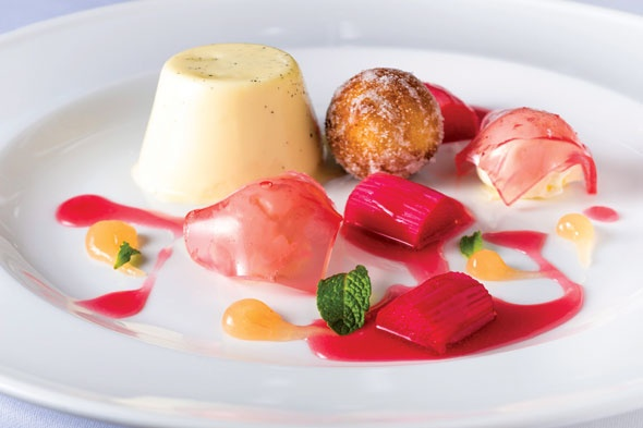 JAMES MARTIN'S BUTTERMILK PANNA COTTA WITH RHUBARB PIMM'S