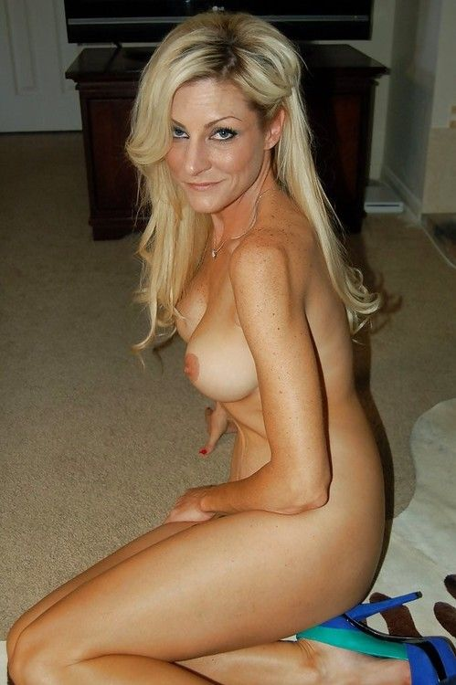 Older naked milf