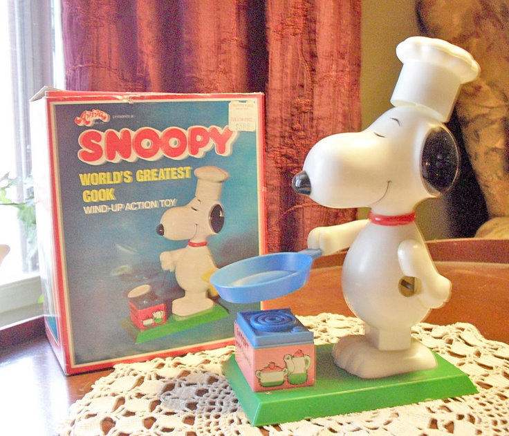1970's Snoopy chef toy (wind it up and he flips the food) Never had this but it it looks cool.