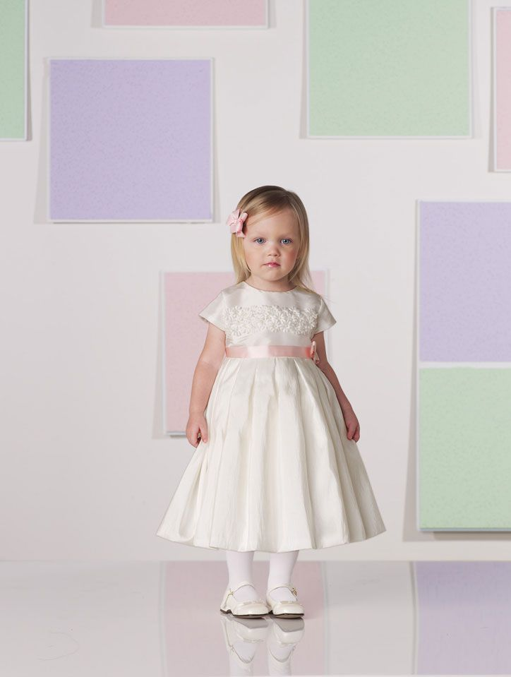 Beautiful short sleeve taffeta dress for flower girl