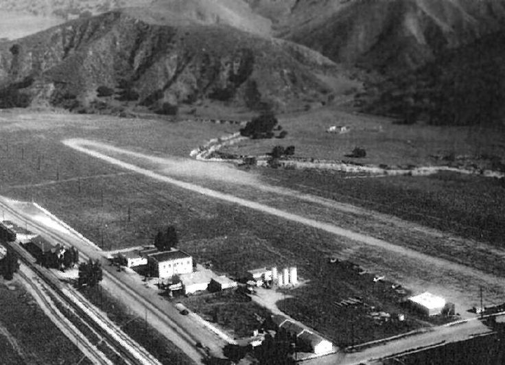 Simi Valley, CA - Santa Susana Airport, Simi Valley (looking southeast), 1940. Simi Valley  my parents had a house right down the street from the airport.