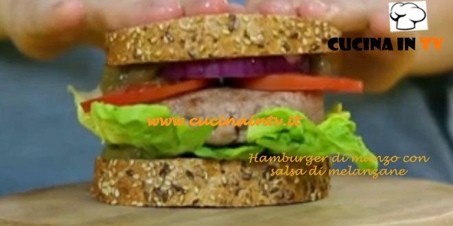 Hamburger di manzo con salsa di melanzane ricetta Junk Good | Cucina in tv