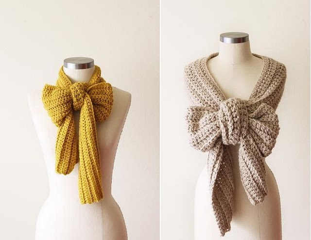 Such a cute way to tie a scarf!