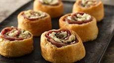 Mediterranean Crescent Pinwheels.  Also made some with a tomato in the middle with feta, basil and balsamic vinegar (fav). Served with pizza sauce.