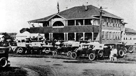 Ballina, on the North Coast of New South Wales (Photo undated) possibly in the late 1920's. v@e