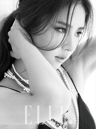 Shin SeKyung 신세경 for ELLE Korea
