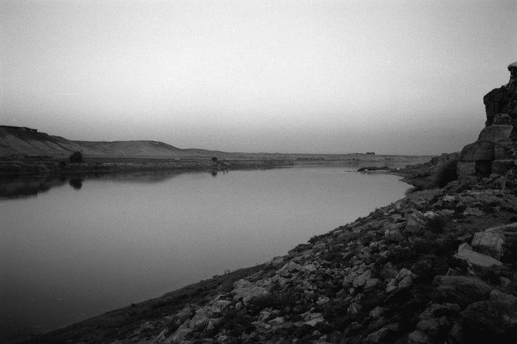 "KNOW HOW PSICOLOGIA: FOTORREPORTAGE "" LA RUTA DEL EUFRATES"", 2003-2008 .. gloriagiménez©"