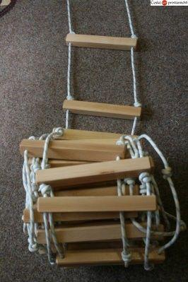 Lanový žebřík s dřevěnými příčkami