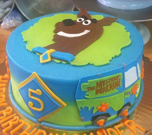 Scooby Doo cake, rut raw