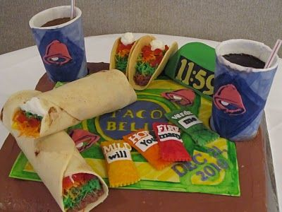 Check out these cakes my amazing neighbor makes! If you want something cool like this get in contact with @Jessica Ulrich!! Taco bell cake. All made of fondant, frosting and cake. Even the cups!Belle Tacos, Cake Ideas, Cake Decor, Amazing Cake, Belle Cake, Tacos Belle, Eating Cake, Fast Food, Awesome Cake