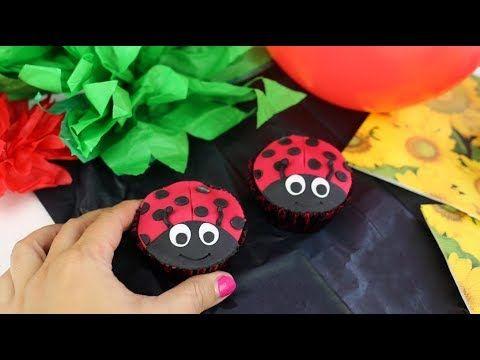 Ladybird cupcakes for kids birthday party, ladybird birthday party.  Czekoladowe muffinki biedronki to słodka i prosta dekoracja dla każdego. Wasze dzieci będą zachwycone. Zobacz jak je zrobić.  🐞 Czekoladowe muffinki biedronki 🐞 - YouTube