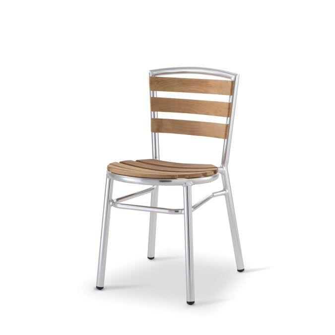 WWW.MOBILIFICIOMAIERON.IT  - https://www.facebook.com/pages/Arredamenti-Pub-Pizzerie-Ristoranti-Maieron/263620513820232 - 0433775330 . Sedie cod 8018, ideali per arredo esterno locali, sedie ristorante, sedie pub, sedie pizzeria per esterno. Sono sedie impilabili con struttura in alluminio e doghe di teak. Dimensioni: L 41 P 50 Hseduta45 cm H totale sedia 78 cm. Si tratta di sedie nuove, e di ottima qualità made in italy. Disponibilità illimitata. Prezzo di fabbrica e spedizioni in tutta…
