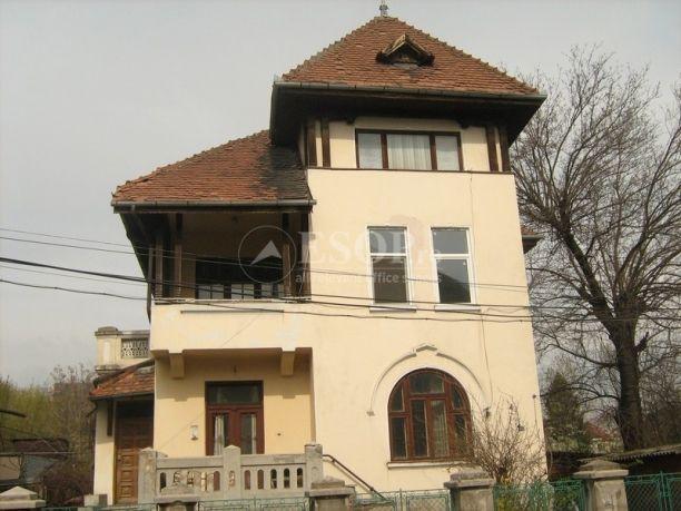 Vila ideala pentru birouri, in zona Kiseleff http://www.imopedia.ro/anunt/vila-in-bucuresti-kiseleff-87RUN5910.html