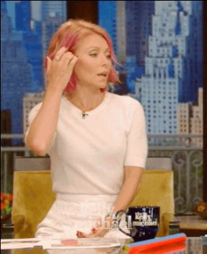 Kelly Ripa Has Pink Hair Now