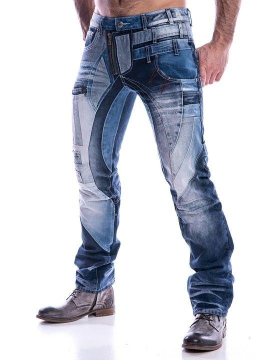 Snygga jeans med patchar och tyglappar. Synliga sömmar både fram och bak. Unik modell.