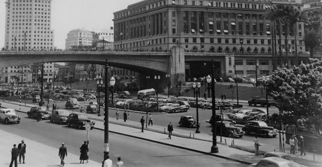 Viaje ao passado com essas 20 fotos fantásticas da cidade de São Paulo de 1924 a 1980