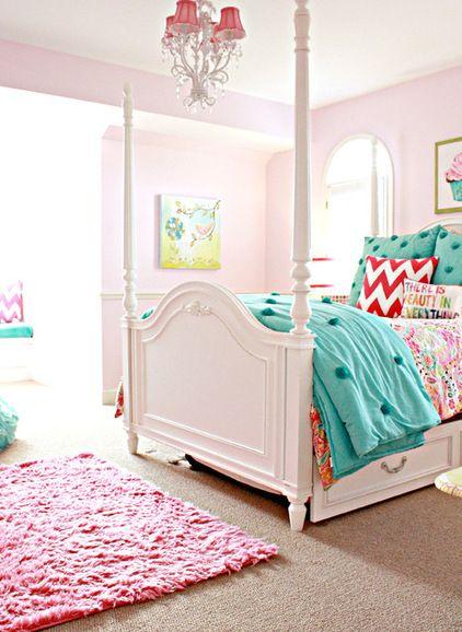 C's room... traditional kids by Mina Brinkey