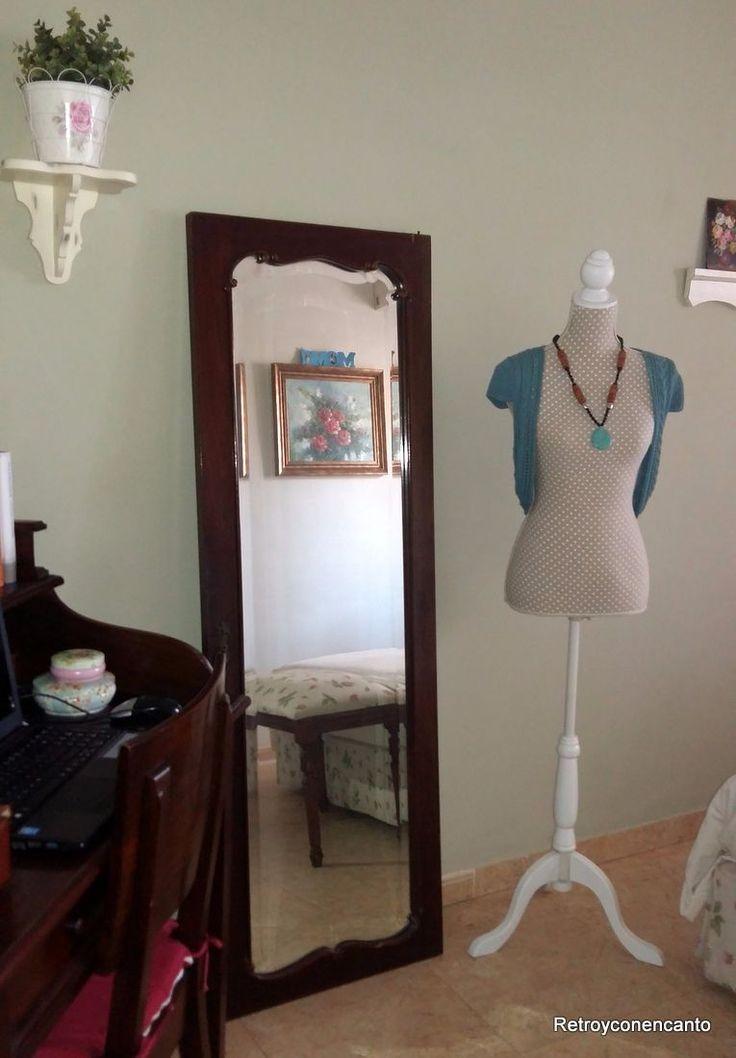 10 ideas sobre puertas de armario con espejos en for Puerta 4 del jockey